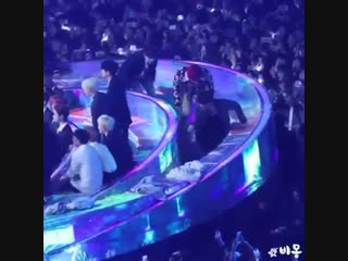 BTS are the sweetest I swear, look at them walking like this just to not block the audience vision