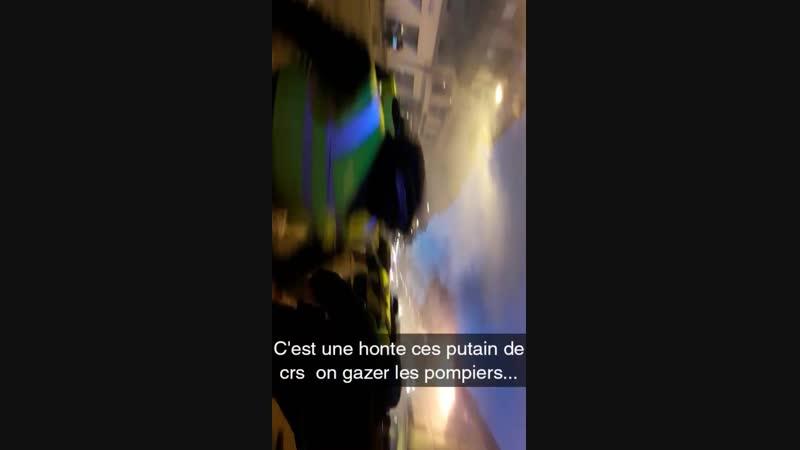 C est une honte pour notre Franceces putain de crs qui gaze les pompiers.....mp4