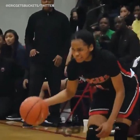 """SportsCenter on Instagram: """"South Carolina commit Zia Cooke is different different 🔥 SCtop10 (via @ericgetsbuckets)"""""""
