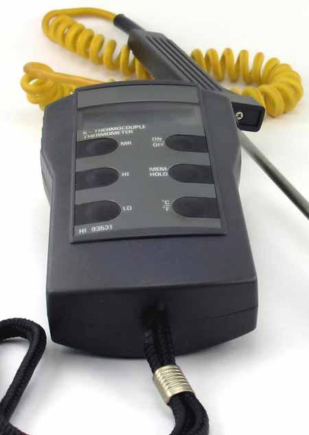 Термопары генерируют напряжение, пропорциональное теплу, которое они измеряют или контролируют.