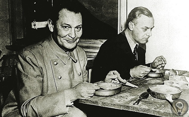 Банальность зла. Конец Германа Геринга «Наци номер два», самый нескромный и самовлюбленный лидер нацистов Герман Геринг верил в свою безнаказанность и уход от ответственности почти до