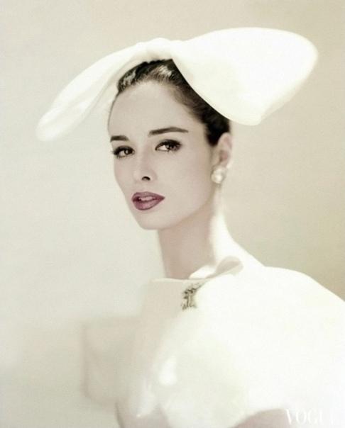 Безупречные образы девушек в издании «Vogue» 50-60-х годов  </p><p><div id=