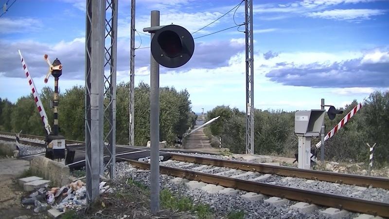 Spoorwegovergang Casamassima (I) Railroad crossing Passaggio a livello