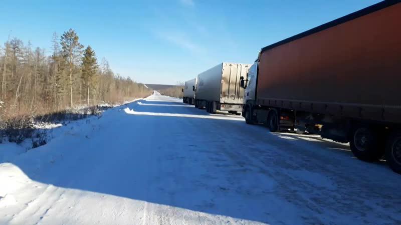 Колонна машин Делко на Якутск