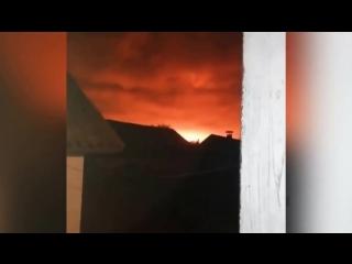 В Черниговской области сгорели дома из-за детонации снарядов на армейских складах