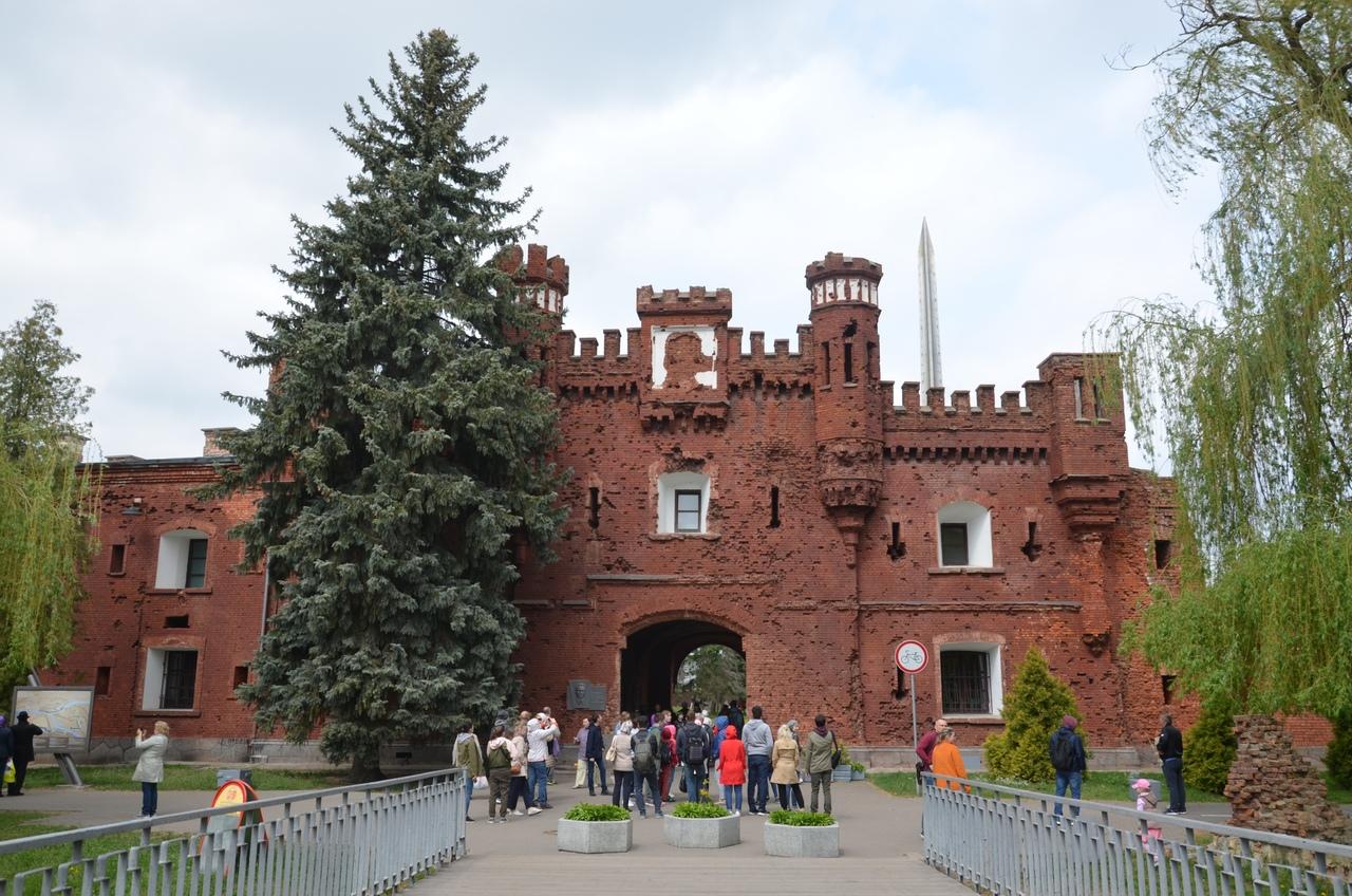 vcbg7Mk5hX4 Брестская крепость - крепость герой.