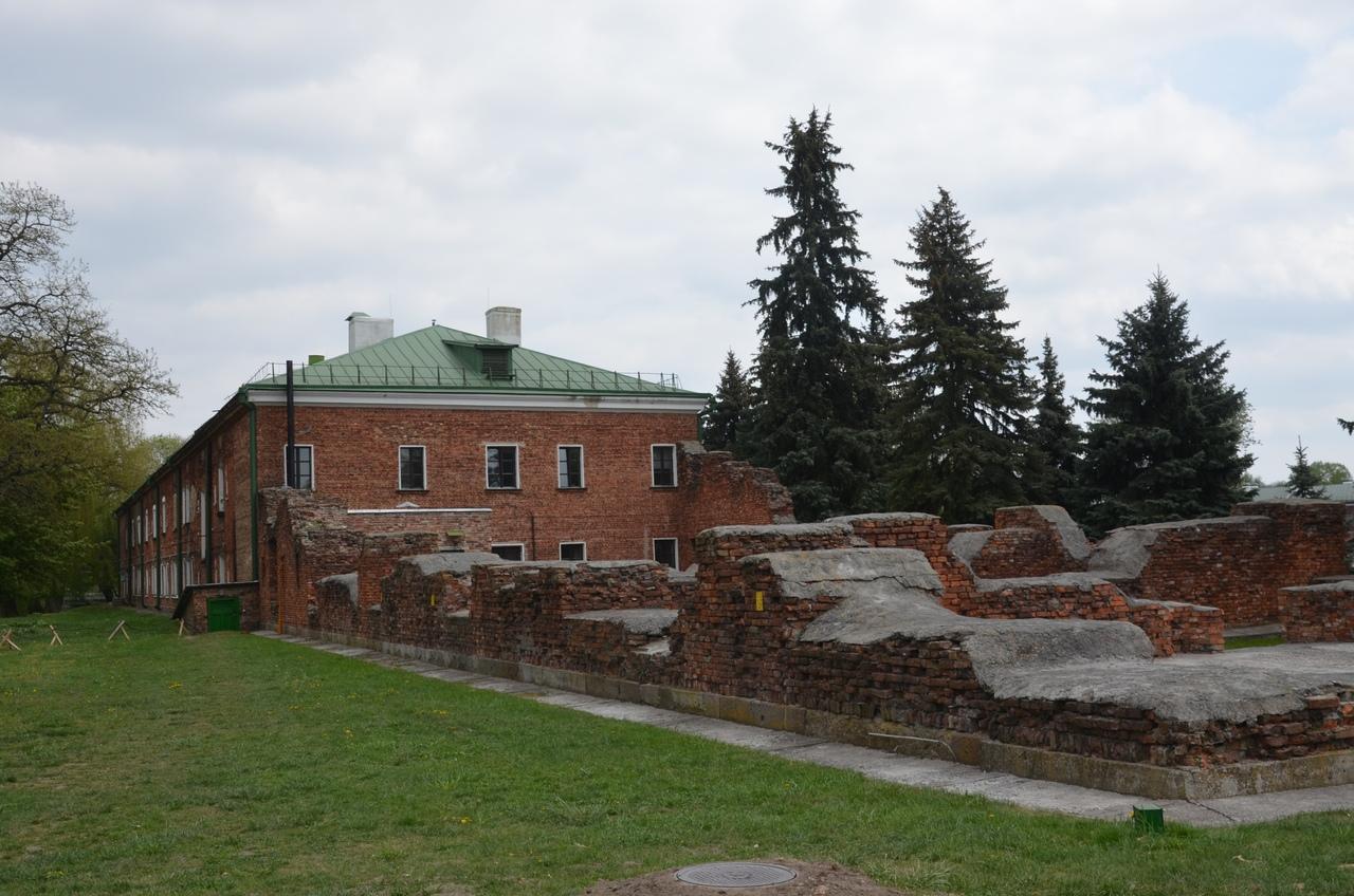 ad0-QLEJ6iQ Брестская крепость - крепость герой.