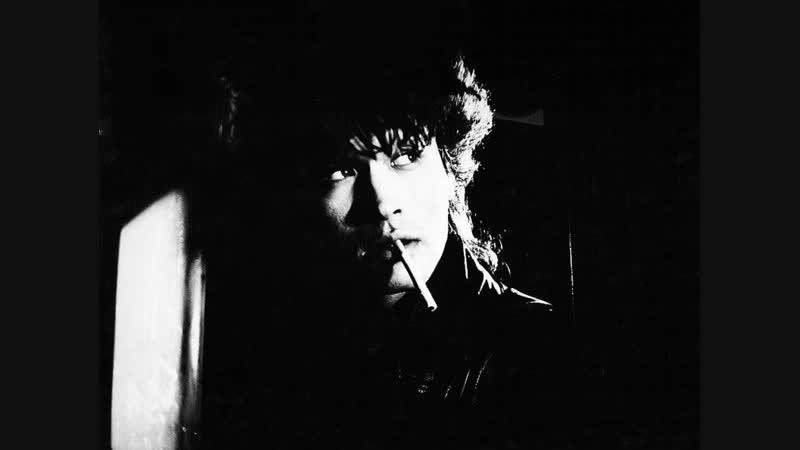 Виктор Цой и группа КИНО - Пачка сигарет (Звезда по имени Солнце · 1989)