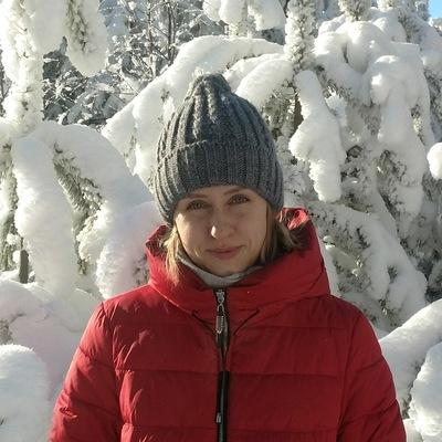 Анна Кулакова