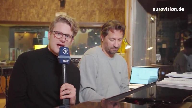 Stefan Spiegel hat sich in den Workshop mit den Kandidaten für den ESC-Vorentscheid geschlichen. esc eurovision2019
