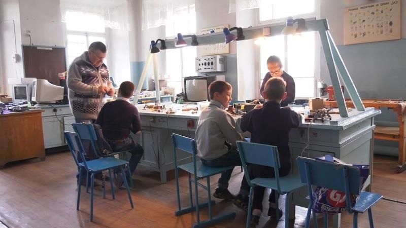 На станции юных техников работают 28 творческих направлений для школьников города