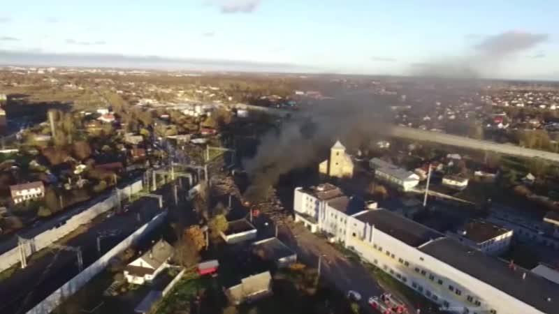 Видео пожара при взрыве в Ленобласти с высоты птичьего полета