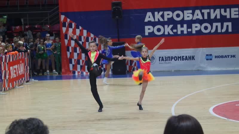 Белобров Илья - Пелипенко Марьяна. В класс-микст юноши и девушки. Отборочный тур