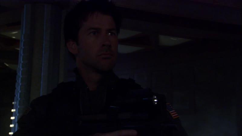 Stargate.Atlantis.S01E03.Hide.And.Seek.720p.WEB-DL.DD5.1.h.264-TjHD