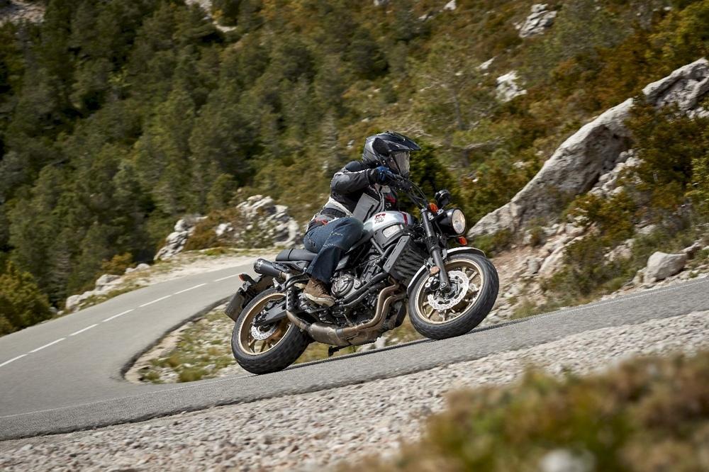 Мотоцикл Yamaha XSR700 XTribute