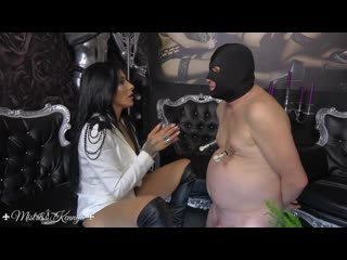 Http://vk.com/mengarden  bdsm,facesitting,slave, mistress ,domina,barefoot princess,pissing woman ,женское доминирование,женский