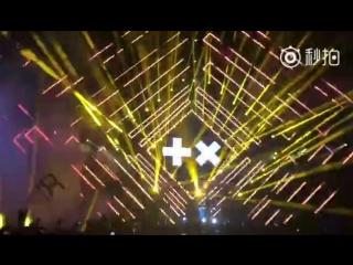 Martin Garrix feat. Mike Shinoda - Waiting For Tomorrow (Live In Wuhan)