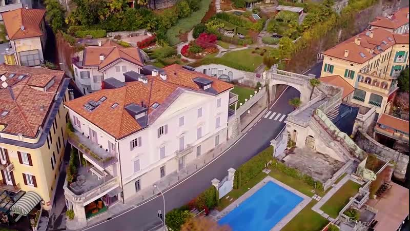 Penthouse villa in Moltrasio Italy
