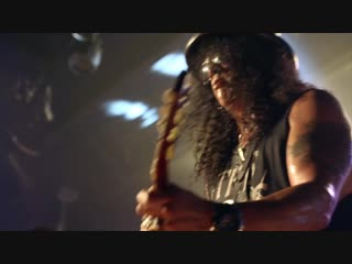 Slash ft. Myles Kennedy and The Conspirators - You Could Be Mine (Live At The Roxy)