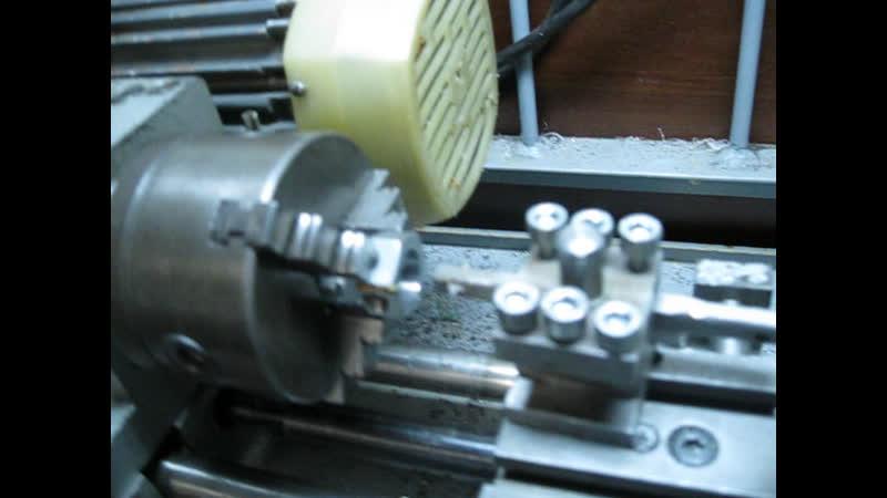 Нарезание резьбы на гайке М15х1 на станке универсал-2 с концевиками