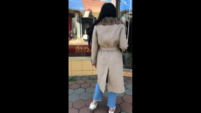 Безумно красивое пальто 😍😍😍прям очень Размеры есть 370$ шерстяное без подклада