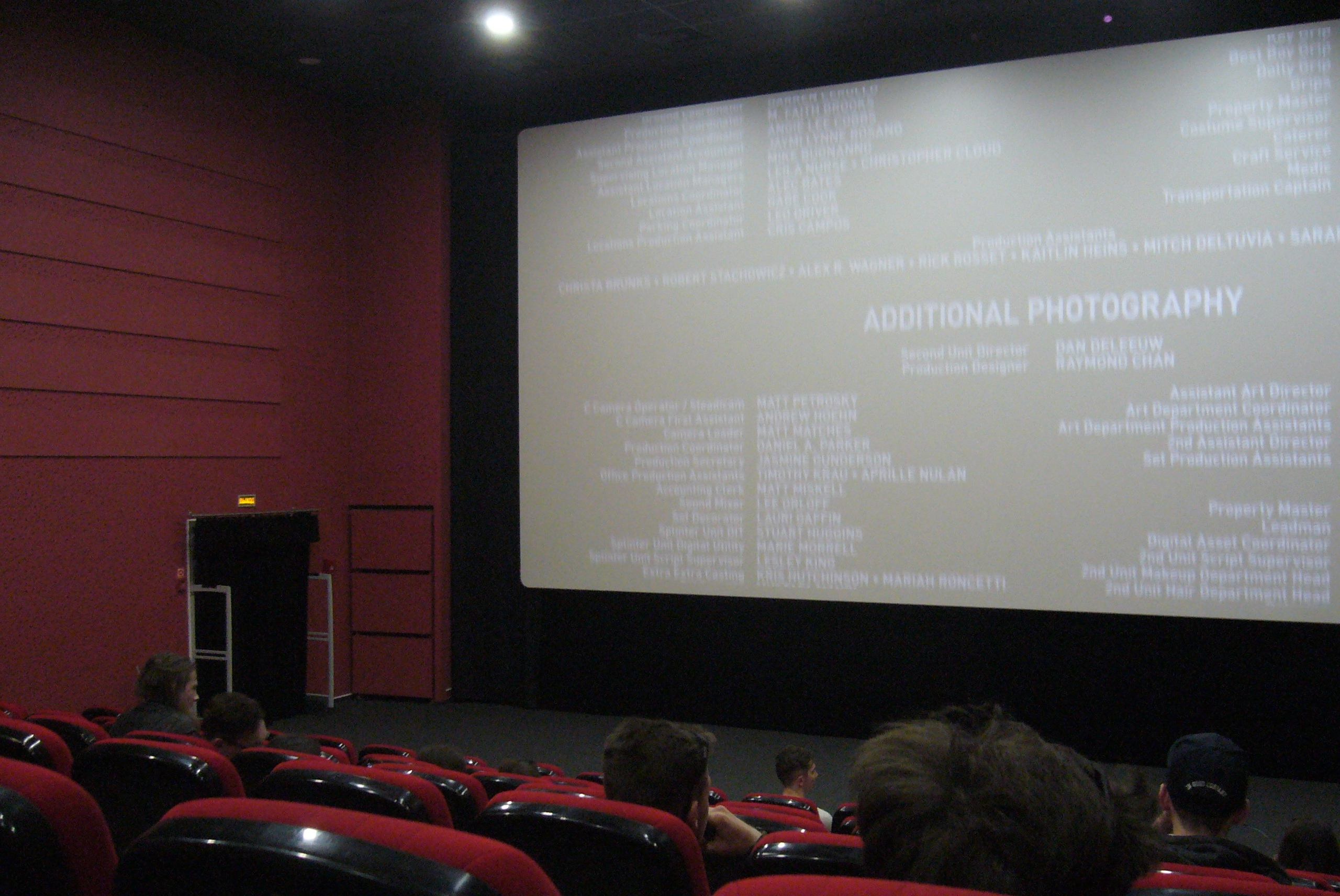 Хорошее кино - это когда зрители смотрят даже титры