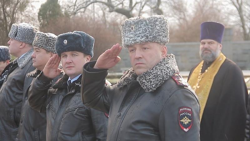 Гарнизонный строевой смотр патрульных нарядов полиции Калининграда