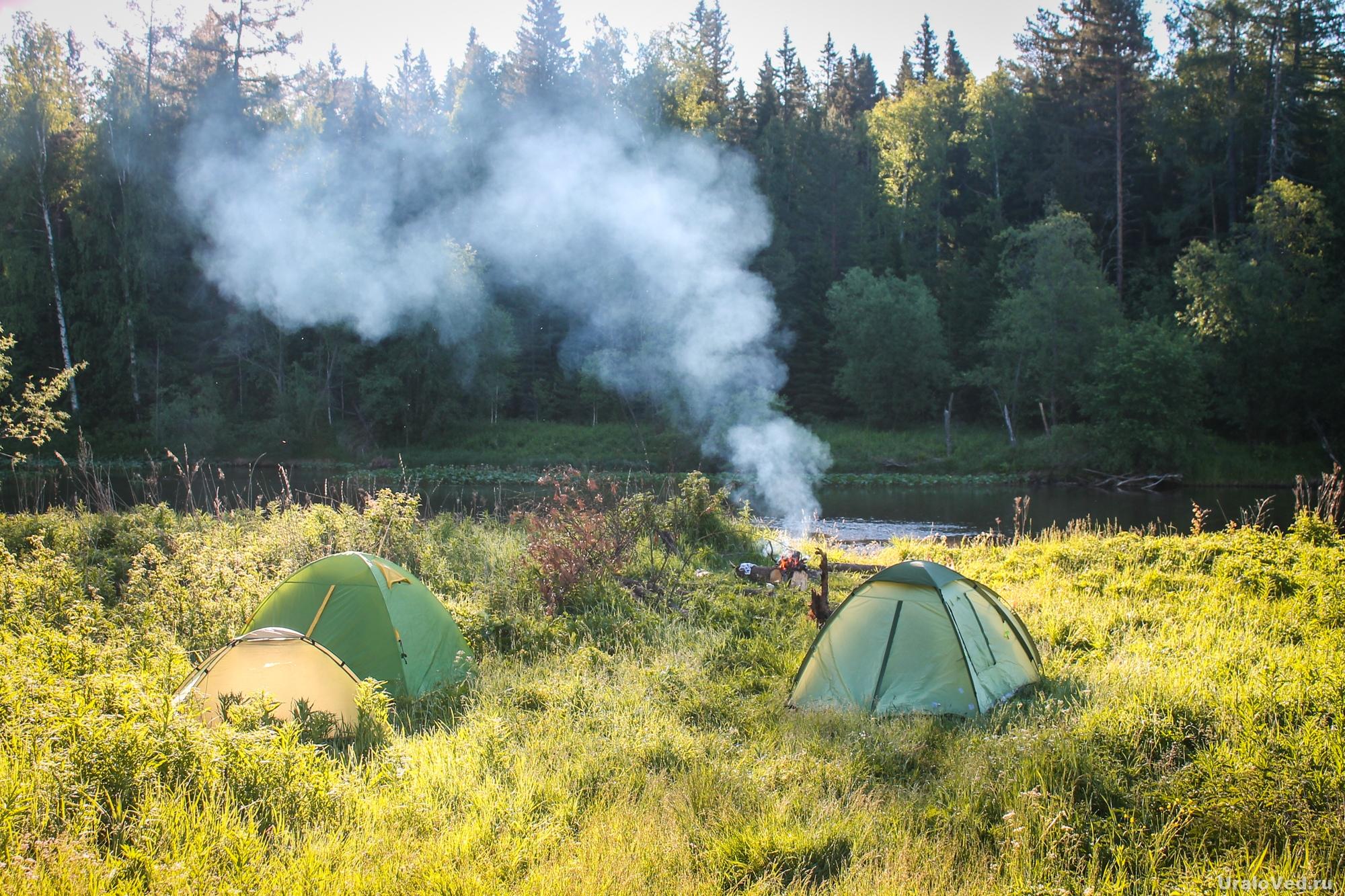 Лагерь на берегу реки Каквы