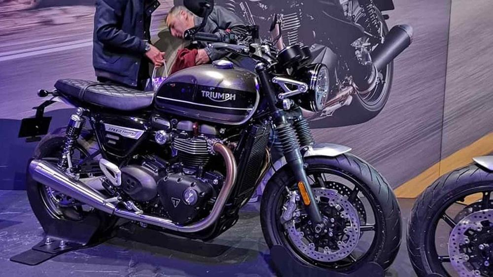 Первые фотографии Triumph Speed Twin 2019