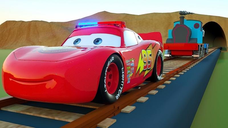 El tren transporta coches para pintar, aprender colores con vehículos