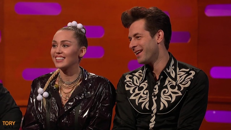 Mark Ronson performs 'Nothing Breaks Like A Heart' ft. Miley Cyrus (LIVE Graham Norton 7 December)