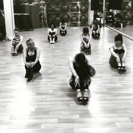"Евгения on Instagram: ""@Regrann from @madamkalenova - kalenovadance onelovestrip fitnesshouse fitnesshousedanceteam strip stripdance heels ..."