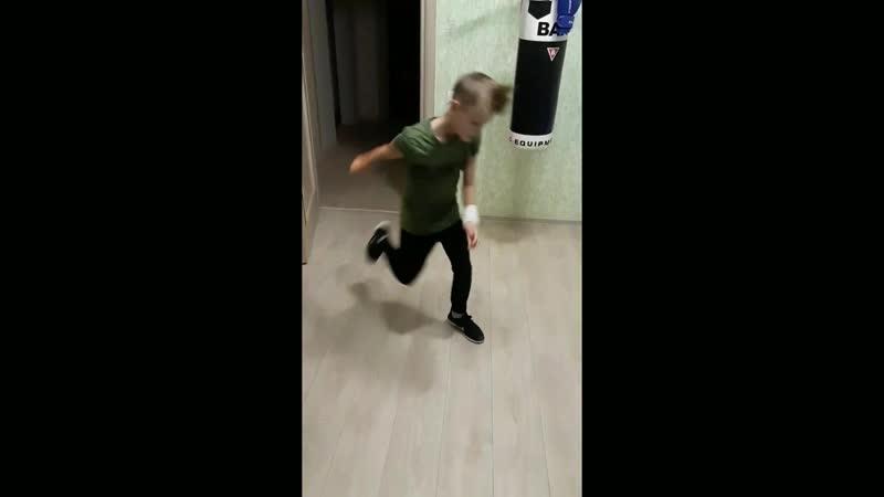 Владик bboy Scream треня дома JDISchool Школа брейк-данс г. Саратов