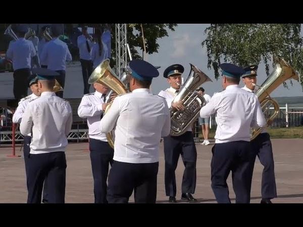Парад духовых оркестров на день города в Лебедяни