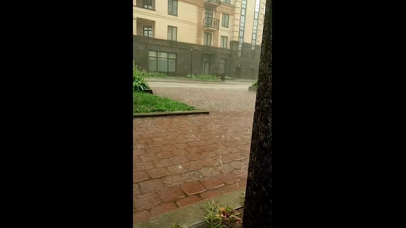 Аня призвала дождь