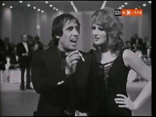 Наверное, лучшая пародия на известную песню, которую я видел. – Адриано Челентано и Минас пародией на песню «Paroles, paroles» (