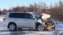 Toyota Land Cruiser врезался в трал в Ногликах