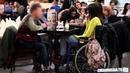 Отношение парней к девушкам инвалидам Handicap girl date social experiment
