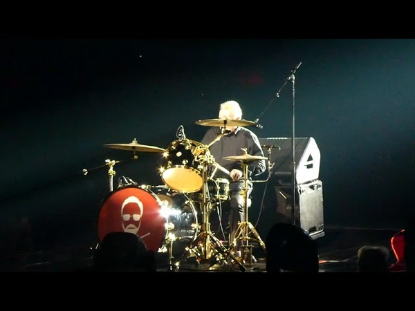 Q ueen Adam Lambert - Drums Solo Band Intro - P ark Theater LV 091518