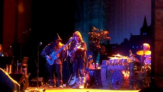 Blackmore's Night Live at the Paramount, New York 2013 Durch Den Wald Zum Bach Haus