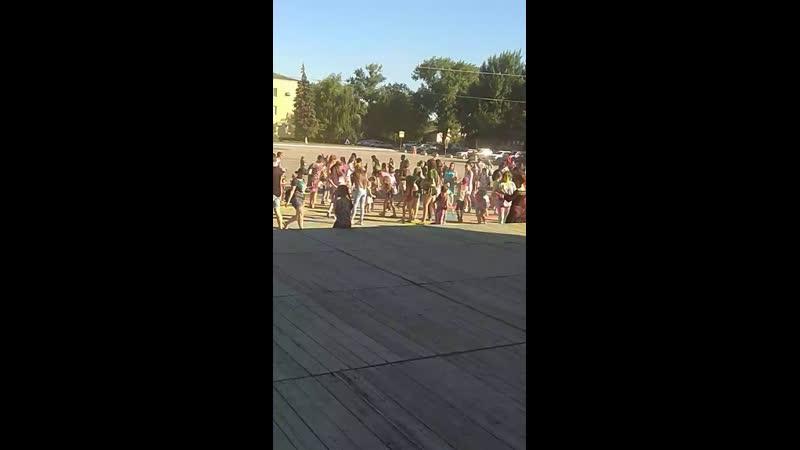 Фестиваль красок в Зернограде...