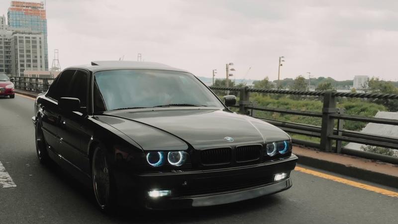 Mark's BMW e38 750il x David's BMW e38 740il