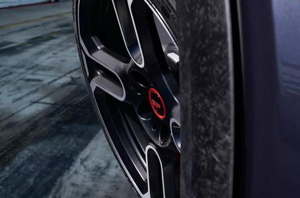 Самый мощный и быстрый хэтчбек MINI станет 300-сильным. Компания MINI опубликовала первые изображения самой мощной и быстрой модели в своей истории 300-сильного John Cooper Wors GP. Автомобиль