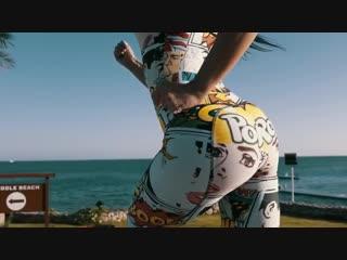 Заколбашенная азиаточка Маришка порно фильм язык пизда лисбиянки на русском языке соски в попу www подружки азия возбудила в гос