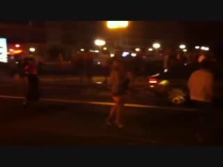 Fans persiguiendo el coche de Mario Casas... 2013 год