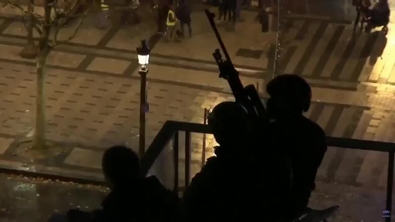 New escalation level - - Snipers were positioned to keep giletsjaunes protesters away from