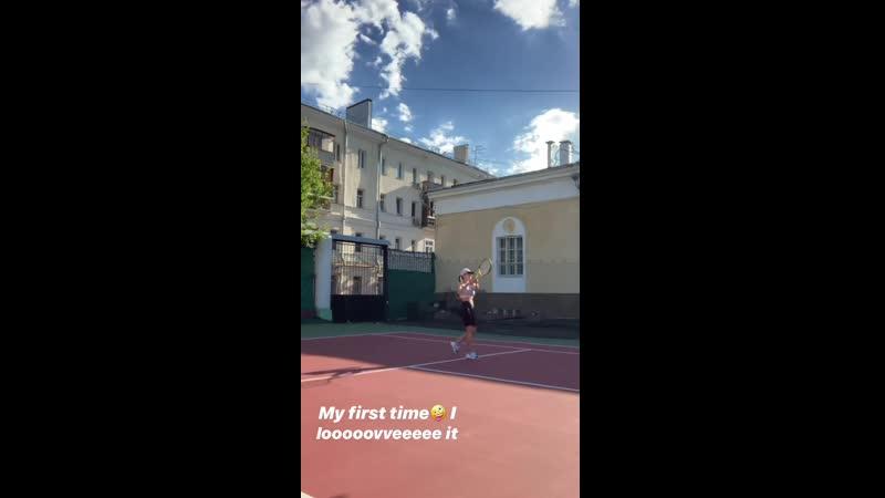 Viki_odintcova_2073408069796024794_StorySaver_video