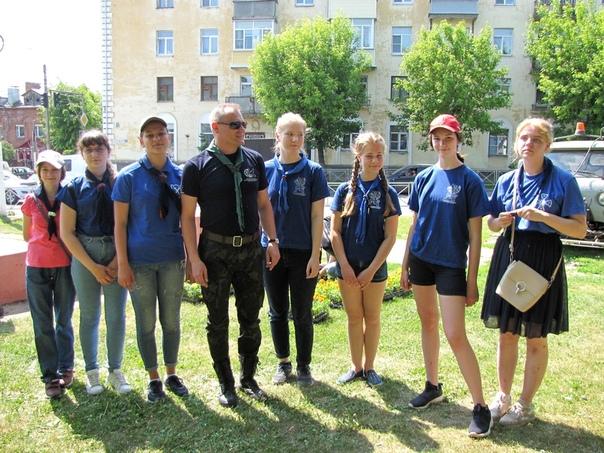 """Юные разведчики дружины """"Кострома"""" приняли участие в  акции """"Клумба дружбы"""","""