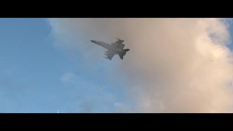 В США впервые показали кадры в падение F-22 Raptor распался на атомы/нло остановила самолет