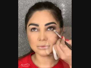 На сколько оценишь макияж?